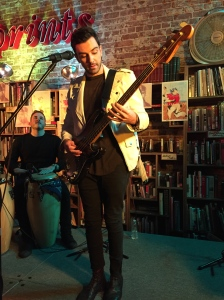 Robbie Arnett live at Fingerprints Music. 1/27/2015.