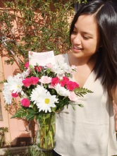Valentines-Day-2016_Flowers-Bouquet_Me-Selfie