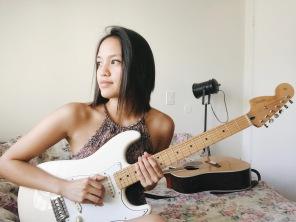 rachelannc-me-selfie-guitar-fender